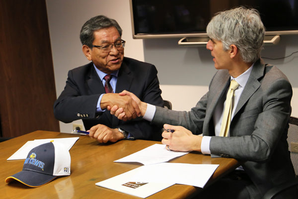 Navajo Nation President Begaye Signs MOA for Health Science Scholarships at Fort Lewis College