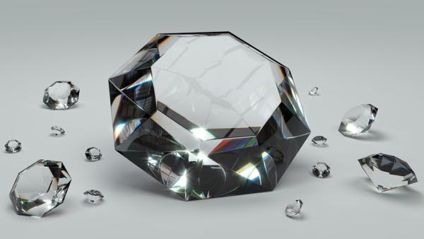 Jewelry Buyer Education: The 4 Cs of Diamonds