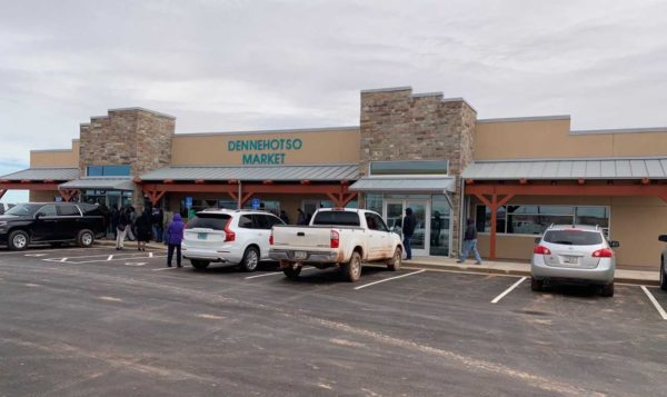 Nez-Lizer Join Local Residents in Celebrating the Grand Opening of the Dennehotso Market