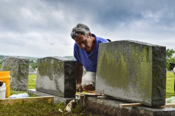 Register Now for 9th Annual Gravestone Conservation Workshop