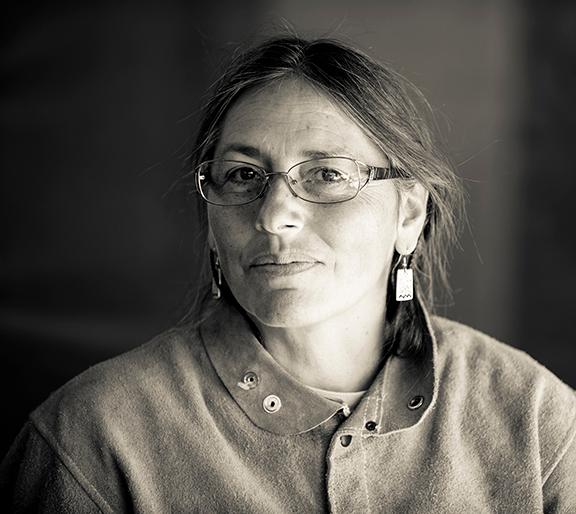 Institute of American Indian Arts (IAIA) 2019 Commencement Keynote Address  to be Delivered by     Noted Sculptor and Contemporary Pueblo Artist Roxanne Swentzell