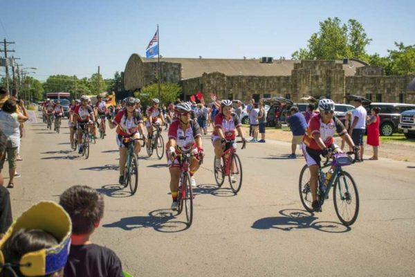 Remember the Removal Bike Ride Cyclists Complete 950-mile Memorial Ride
