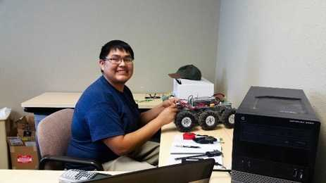 ETV Welcomes Engineering Student from Navajo Technical University for Summer Internship