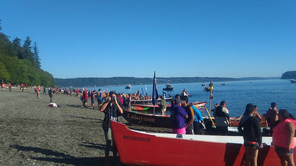 Indigenous Canoes Paddle San Francisco Bay to Honor 50th Anniversary of Alcatraz Occupation