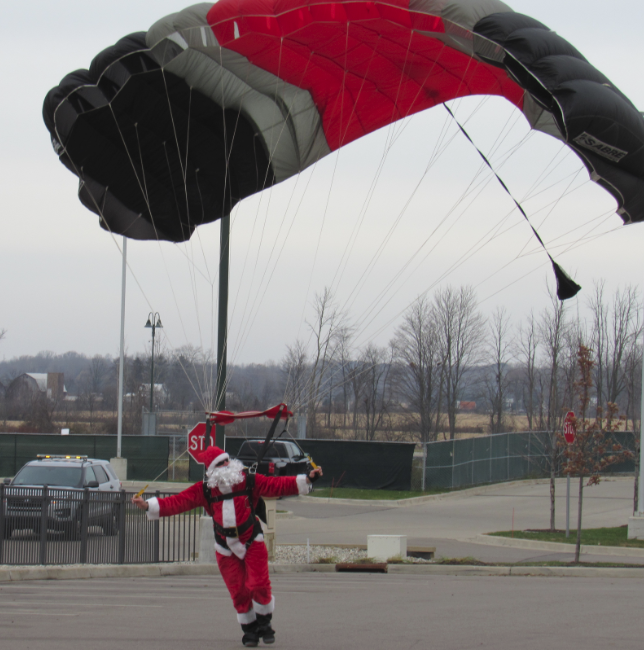 Santa Lands at Gun Lake Casino to Plug Toys for Tots Campaign