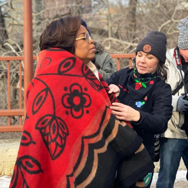 Oprah Gets Blanket from Eighth Generation